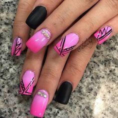 Instagram media dndang #nail #nails #nailart Hair And Nails, My Nails, Curved Nails, Feather Art, Great Nails, Nail Games, Nail Pro, Nail File, Nails On Fleek
