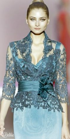 PicMonkey: Design That Works The Effective Pictures We Offer You About Blazer Outfit party A quality picture can tell you many things. You can find the most beautifu Evening Outfits, Evening Dresses, Gala Dresses, Short Dresses, Evening Gowns With Sleeves, Haute Couture Dresses, Elegant Outfit, Dream Dress, Designer Dresses