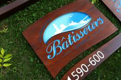 Résidence des Bâtisseurs Signage, Graphic Design, Logos, Handmade, Photography, Hand Made, Craft, Photograph, Fotografie