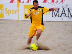 Coppa Italia Enel: Paolo Palmacci (Terracina) in azione contro la Belpassese