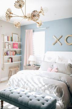 Blue Teen Bedrooms, Teen Bedroom Lights, Blue And Pink Bedroom, Blue Girls Rooms, Blue Bedroom Walls, Room Ideas Bedroom, Bedroom Decor, Bedroom Lighting, Blue Bedroom Ideas For Girls