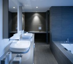 Contemporary bathroom, Penthouse, The Mandala Hotel, Berlin _