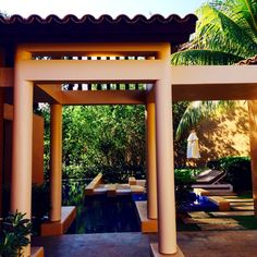 \ CHECKING-IN TO MAYAKOBA // Globally-minded family travel and kid-spiration.