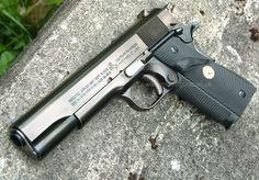 U.S. ARMY COLT M1911A1 GOVERNMENT Metal Finish `Look` 1911 Pistol, Colt 1911, Colt Python, Custom Guns, 38 Super, Cool Guns, Guns And Ammo, Shotgun, Firearms