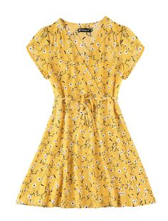 Allegra K Womens Floral Crossover V Neck Petal Sleeves Flowy Dress w Belt L Yellow * Check out the image by visiting the link. (This is an affiliate link) SEE DETAILS Simple Outfits, Simple Dresses, Chic Outfits, Spring Outfits, Cute Dresses, Casual Dresses, Fashion Outfits, Flowy Floral Dress, Everyday Dresses