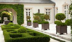 Ff700aba 46f0 406c 81ff 51ab34dc4b49 gorgeous.gardens.1540x1000.jpg?ixlib=rails 1.1