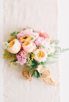 Lovely springtime pastel bouquet #wedding #flowers