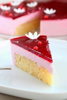 Valkosuklainen mehevä ja kostea kakkupohja - Suklaapossu