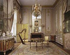 Salon de musique de la reine, Versailles.