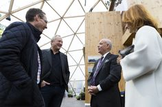 Jeremy Rifkin, Martin Manthorpe, Flemming Wisler at Dome of Visions A temporary building A sensuous space-in-between www.domeofvisions.dk Photo by Jonathan Grevsen / Dome of Visions