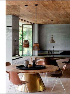 34 Magical Eclectic decor Ideas To Inspire Everyone - Home Decoration - Interior Design Ideas Cosy Interior, Flat Interior, Kitchen Interior, Interior Design, Dining Room Design, Dining Room Table, Dining Area, Kitchen Design, Industrial Style Kitchen
