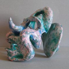 Himera 8  Sculptura  ( tehnica lac ) realizata din papier-mache.  21x26x18.5 cm