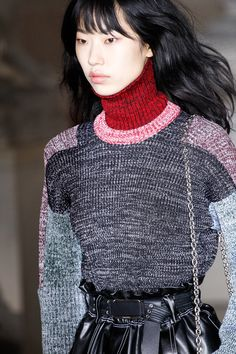 Louis Vuitton Fall 2017 Ready-to-Wear Accessories Photos - Vogue