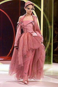 John Galliano Spring 2000 Ready-to-Wear Collection Photos - Vogue