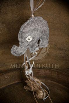 Μπομπονιέρες βάπτισης για αγόρι υφασμάτινο μαξιλαράκι σε σχήμα ελέφαντα