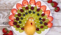 Pauw van fruit #lovely #fruit #healty #traktatie #kids #LandIdee