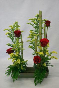 Altar Flowers, Beautiful Bouquet Of Flowers, Church Flowers, Paper Flowers Wedding, Unique Flowers, Purple Flowers, Ikebana, Contemporary Flower Arrangements, Unique Flower Arrangements