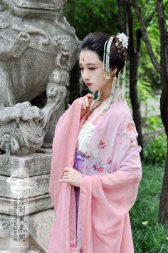 Tang Ruqun