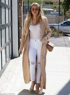 Khloe Kardashian is looking sharp as she shows off VERY pointed nails while heading to studio in LA   Daily Mail Online
