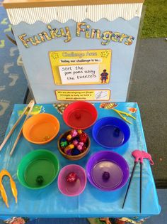 Pom pom sorting with differentiated tools rockmyclassrooom.com