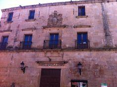 Publicamos el Palacio de Juan Pizarro de Aragón, en Trujillo. #historia #turismo  http://www.rutasconhistoria.es/loc/palacio-juan-pizarro-de-aragon