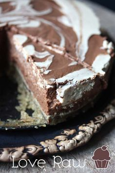Check out more raw desert ideas here - http://dropdeadgorgeousdaily.com/2014/03/totally-rawsome-raw-desserts-take-heat-kitchen/