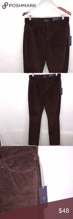 NYDJ Burgundy Corduroy Tummy Tuck Legging Size 8 Great Color to add some diversity to your wardrobe NYDJ Pants