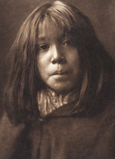 Mohave Child (The North American Indian, v. II. Cambridge, MA: The University Press, 1908)