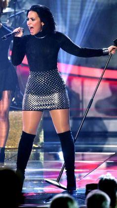 Demi Lovato Body, Demi Lovato Style, Stage Outfits, Fashion Outfits, Sport Outfits, Cute Outfits, Dress Outfits, Dresses, Demi Lovato Pictures