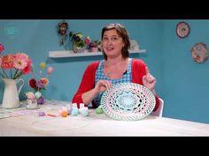 Mandala haken - Gratis patroon op Wolplein.nl | Alles voor breien en haken! Granny Square Crochet Pattern, Crochet Granny, Knit Crochet, Deco Nature, Crochet Mandala, Doilies, Decorative Bowls, Blog, Knitting