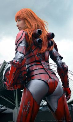 Impressive Pepper Potts In Iron Man Armor Cosplay