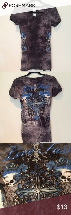 Affliction Embroidered T-Shirt Fitted Affliction Tee. The back is embroidered with sparkly crystals. Very flattering shirt. Long. Fast shipping 📫 Don't forget to bundle 🛍 Make an offer! 💌                                                      No Trades 🚫 Affliction Tops Tees - Short Sleeve