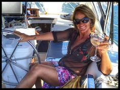 SALUD!!!  #Chile #Papudo #Beach #Santé #Champagne  #Valentine'sDay #Sailing #SailBoat #Beneteau36 #Ocean #Hapinnes #Love #Sun #AmazingDay #InstaPic #InstaCool #InstaGood #InstaLove #InstaShot #InstaMoments #Iphonesia #Iphone6P #TagsForLikes  by lolocabieses