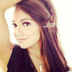 Jannel Garcia<3 She is soo pretty! :) x