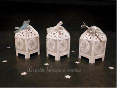Jolie boîte flocons et étoiles papier blanc irisé : Boîtes, coffrets par la-petite-fabrique-a-sourires