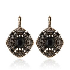 Shop the SAMANTHA WILLS sale before these jewels are gone forever. From statement pieces, fine jewels & bridal collections, you will be sure to find the perfect piece for yourself or for that someone special. Mary I, Black Jewelry, Samantha Wills, Bridal Collection, Moonlight, Crochet Earrings, In This Moment, Drop Earrings, Jewels