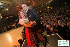 Tanzen in Tracht & Dirndl beim größten Ball der Steiermark Concert, Pictures, Dance, Pretty Pictures, Wedding, Woman, Nice Asses, Concerts