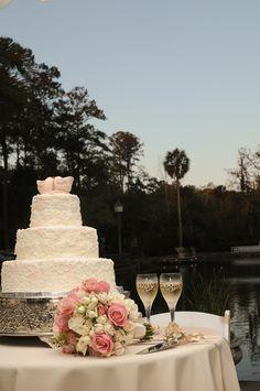 Wedding Cake - vintage lace
