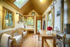 Not sure if you're ready to make the transition to full-time tiny living? Here are 10 Tiny Houses You Can Rent. | Tiny Homes