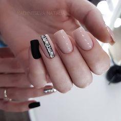 I& post more photos, I really like them . Aycrlic Nails, Pedicure Nails, Swag Nails, Cute Nails, Pretty Nails, Black And Nude Nails, Dragon Nails, Wedding Acrylic Nails, Square Nail Designs