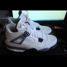 finest selection f67e8 52aa7 Jordan Shoes   Jordan Retro 4s Cements   Color  Silver White   Size  11.5