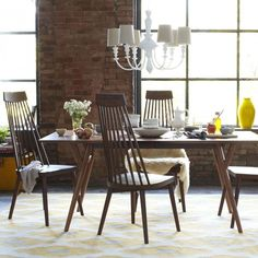22 Space-Saving Dining Tables for Your Apartment via Brit + Co.