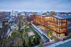该艺术花园位于朱利叶斯洛伐克剧院和小波兰省图书馆之间。T型的建筑构架中包含剧 院,会议室,展览场所,多功能活动大厅,咖啡厅,教育艺术相关活动组织场所。 http://www.gooood.hk/Malopolska-Garden-of-Arts.htm