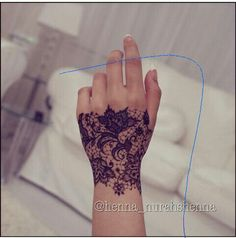 mehndi henna designs on pinterest henna mehndi and arabic henna. Black Bedroom Furniture Sets. Home Design Ideas