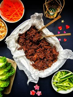 Slow-cooker Chinese pulled pork – The Slimming Foodie Slow Cooked Meals, Slow Cooker Recipes, Cooking Recipes, Crockpot Recipes, Slow Cooking, Pork Leg Roast, Pork Ribs, Pork Shoulder Recipes, Shoulder Of Pork