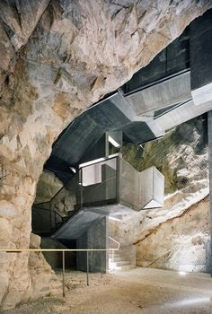 Fortress of Fortezza. Markus Scherer. Walter Dietl. Italy. Cave. Eisack valley.