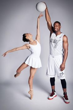 Ballet y baloncesto - Learn to dance at BalletForAdults.com!