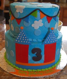 Bounce House Cake 2 Cake Ideas Pinterest House Cake Cake