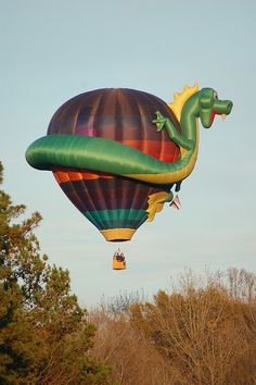 This Hot Air Balloon was shot passing over Interstate 40 in rural North Carolina. Balloon Glow, Flying Balloon, Big Balloons, Air Balloon Rides, Hot Air Balloon, North Carolina Attractions, North Carolina Homes, Balloons Photography, Chinese Astrology