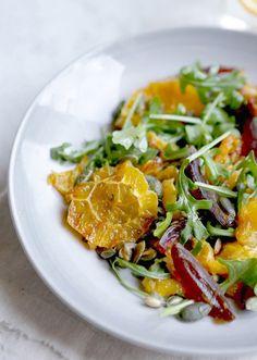 Ensalada de naranja caramelizada y semillas de calabaza y otras ensaladas